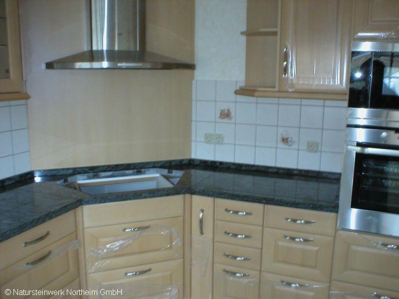detailansicht k chenarbeitsplatte aufsatz bild 3. Black Bedroom Furniture Sets. Home Design Ideas