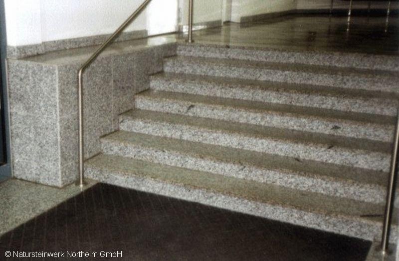 detailansicht treppe innen bild 5 natursteinwerk northeim gmbh. Black Bedroom Furniture Sets. Home Design Ideas